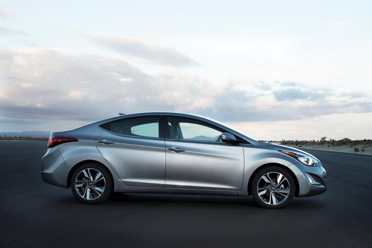 2015 hyundai elantra revealed in u s specification speed carz. Black Bedroom Furniture Sets. Home Design Ideas