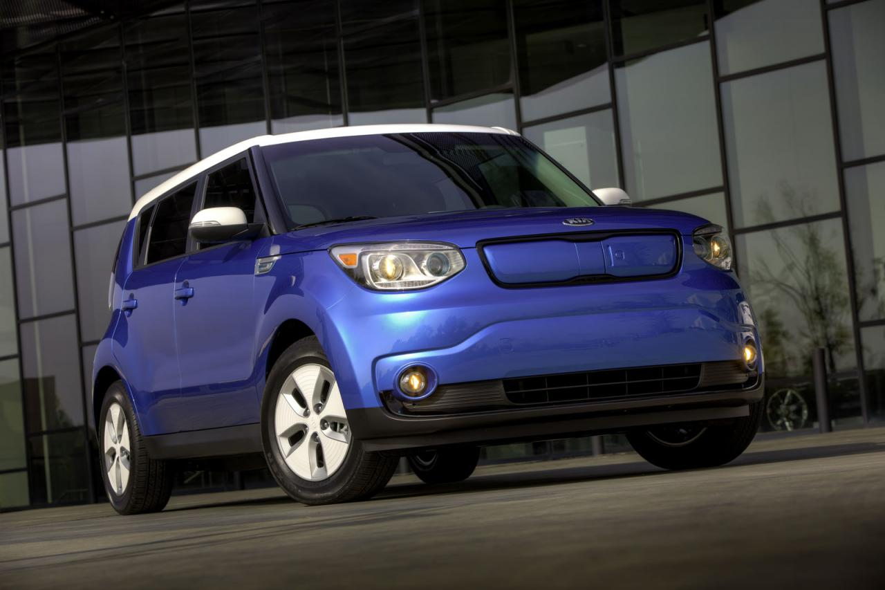 2015 kia soul ev priced from 33 700 speed carz. Black Bedroom Furniture Sets. Home Design Ideas