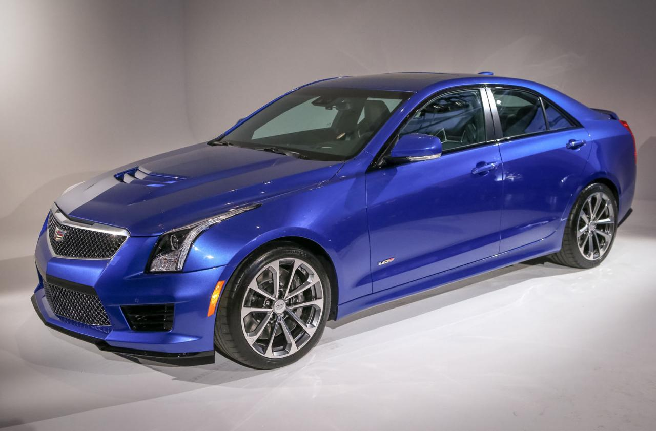 cadillac launches 2016 ats v sedan and coupe speed carz. Black Bedroom Furniture Sets. Home Design Ideas