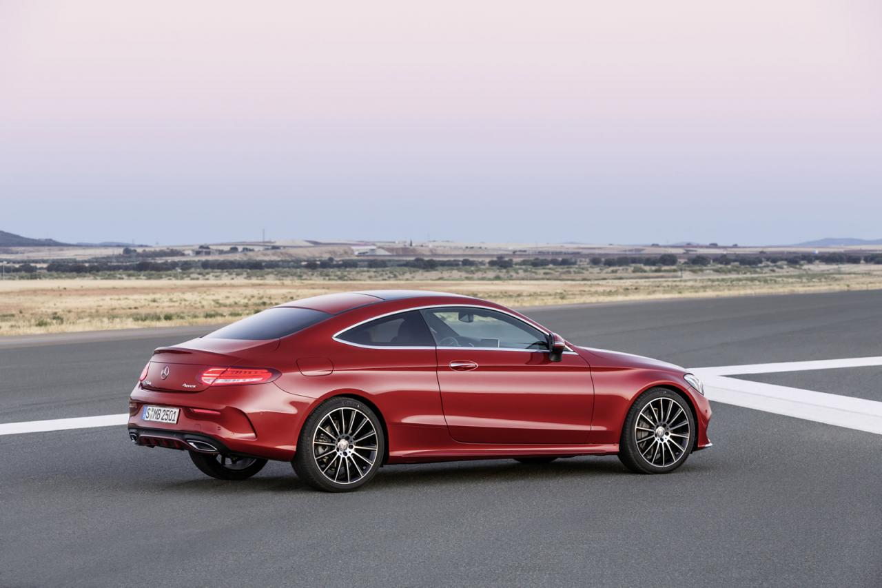 Mercedes benz launches all new 2016 c class coupe speed carz for Mercedes benz c class hatchback