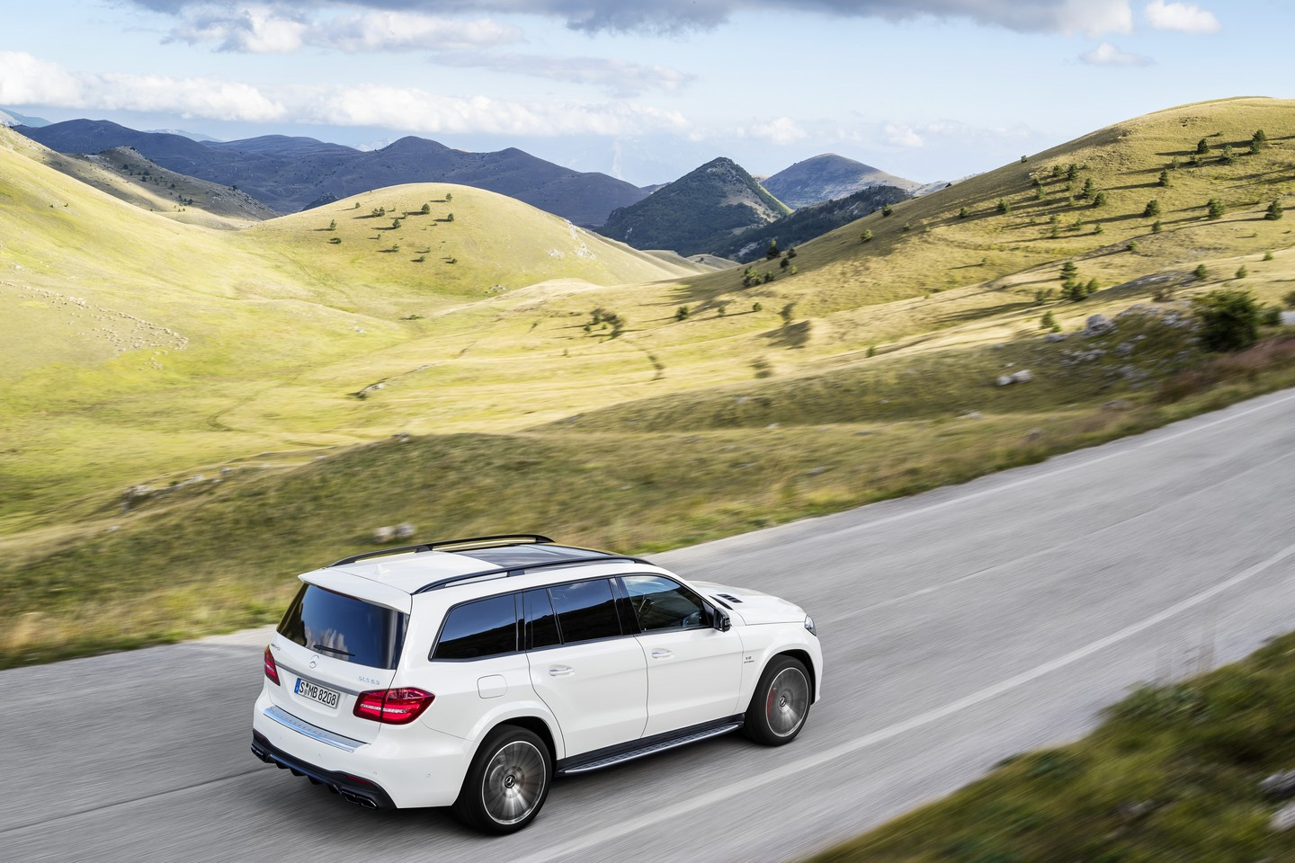 2017 mercedes benz gls fully revealed speed carz for 2017 mercedes benz gls 450
