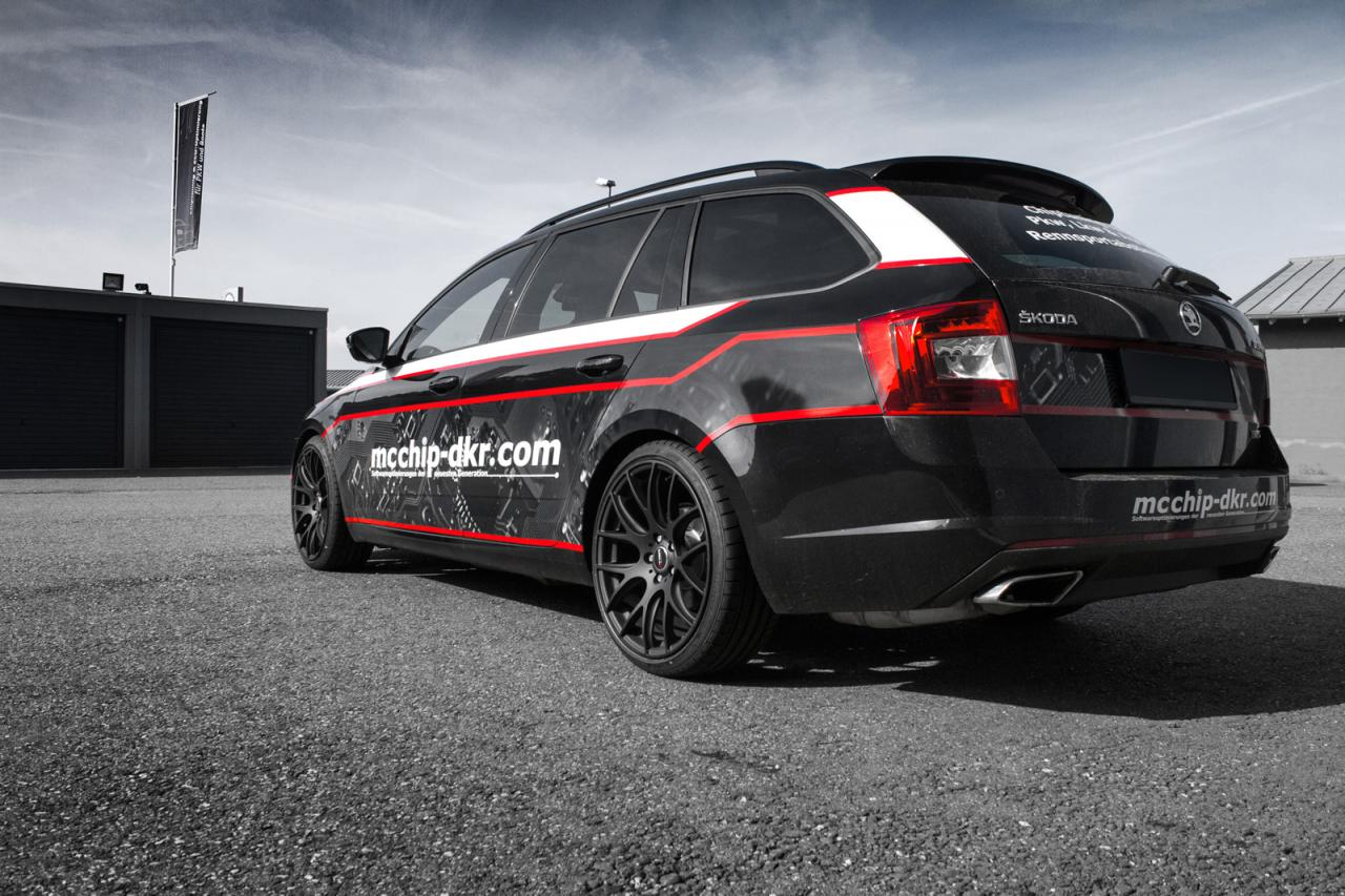 skoda octavia combi rs tdi upgraded by mcchip dkr speed carz. Black Bedroom Furniture Sets. Home Design Ideas