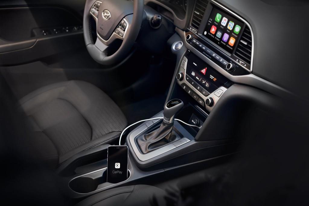 2017 Hyundai Elantra Interior Cabin